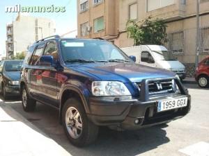 Honda-CRV-99590343_1[1]