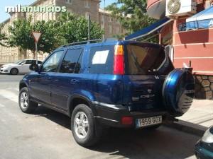 Honda-CRV-99590343_3[1]
